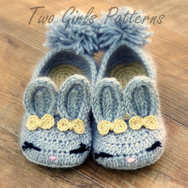 Womens Bunny House Slipper PDF crochet pattern - six sizes included - Women's 5 - 10  - Pattern number 212. $5.50, via Etsy.