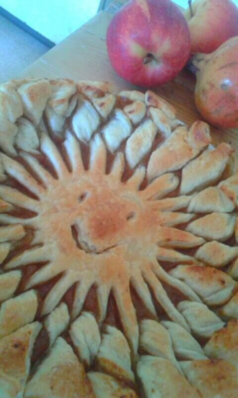 Per una bellissima giornata di sole....una torta davvero speciale! #Abruzzo #travel #italy #abruzzosegreto #breakfast #sun #navelli #zafferano #saffron