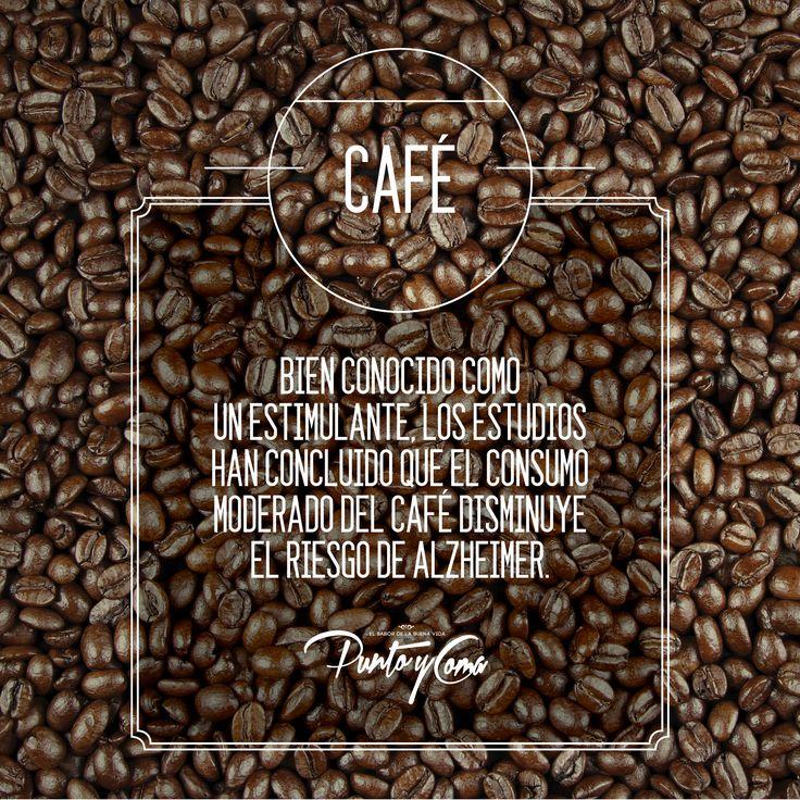 Café. Bien conocido como un estimulante, los estudios han concluido que el consumo moderado del café disminuye el riesgo de Alzheimer.