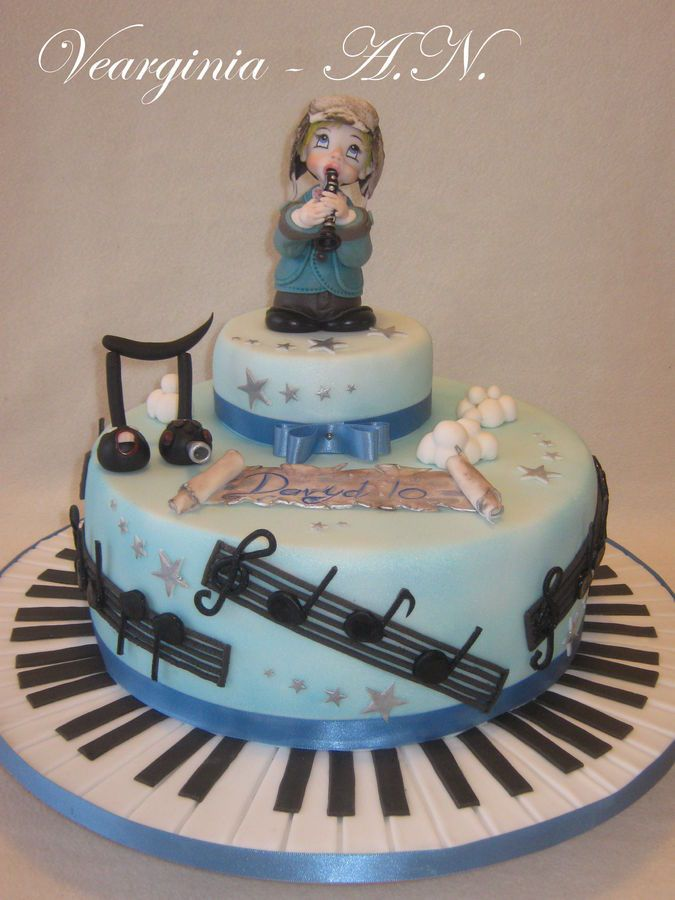16 Best images about singer cakes on Pinterest  Note  ~ 093617_Cake Design Ideas Music