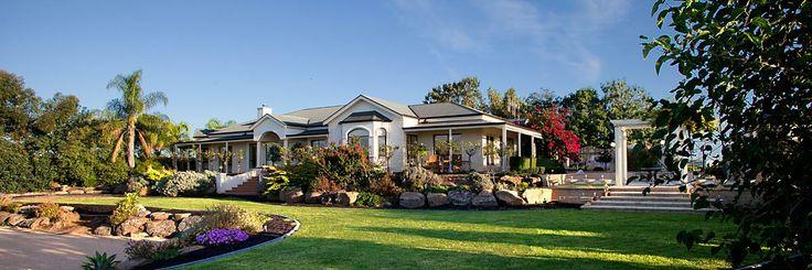 Winemakers Retreat - Riverland - South Australia  http://www.beautifulaccommodation.com/properties/winemakers-retreat