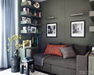 Hillary-swank-manhattan-apartment-06.jpg: Calvin Klein, Lights Fixtures, Elle Decor, Colors, Shelves, Reading Nooks, Small Spaces, Benjamin Moore, Hilarious Swank