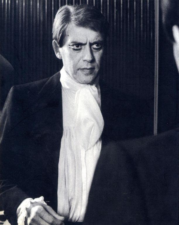 Carmelo Pompilio Realino Antonio Bene (Campi Salentina, 1 September 1937 – Rome, 16 March 2002) was a great Italian actor, film director, playwright and screenwriter.