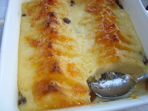 Tarif defteri: Bayat Ekmek Tatlisi. ( Bread and Butter Pudding )