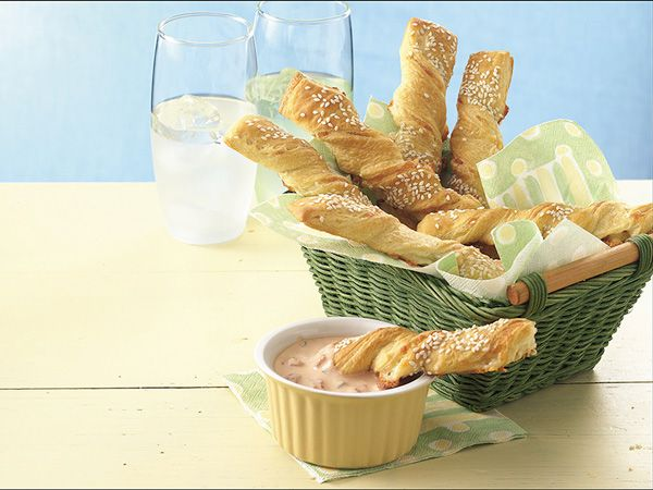 Crescent Cheese Twists