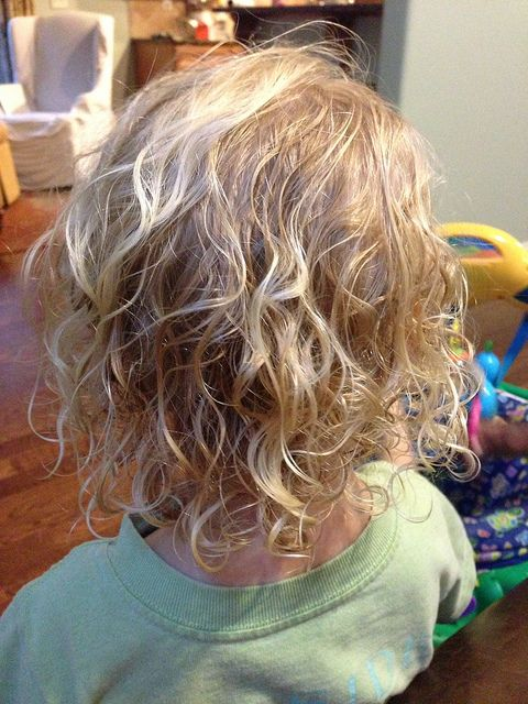 How to care for curly hair.  My youngest is the only one with curly hair. This tells you how to keep them even get them :) this data for girls.... But boys have curls too.