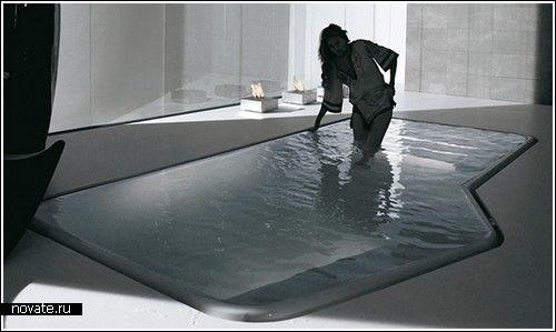 Мини-бассейн для очень большой ванной  Кто из нас не мечтает иметь дома настоящий бассейн? И пусть большая часть посетителей сайта этого просто не может себе позволить, помечтать-то мы с вами можем. А что может быть лучше огромной ванной? Особенно, если длина ее составляет более четырех метров, а ширина – двух.    ванная, вода, бассейн