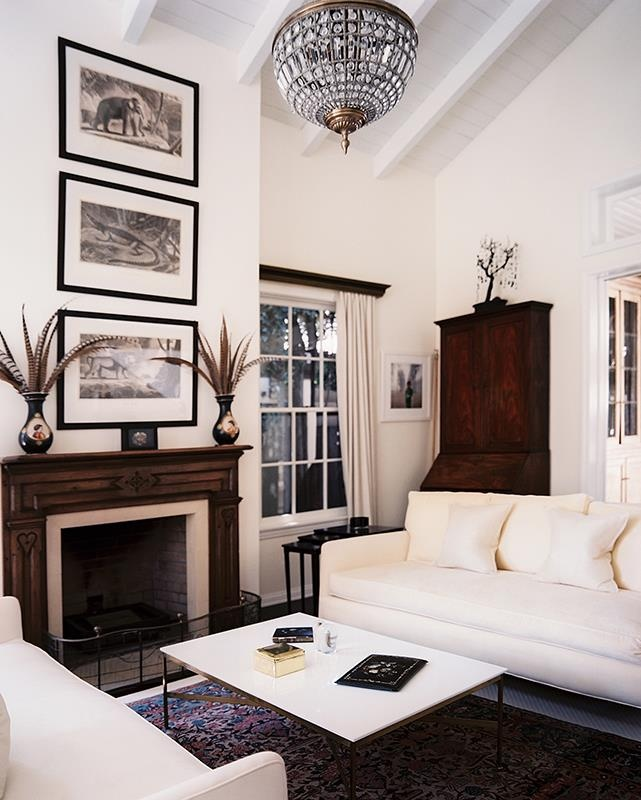 Living Room Design Magazine: Emily Procter's Home From Lonny Magazine.
