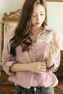 Pink Stripes Hem Bahan: Katun + Lace Size: Fit XL Lebar dada/panjang: 53/70cm Kode Produk: S3552 Harga: Rp. 62.000