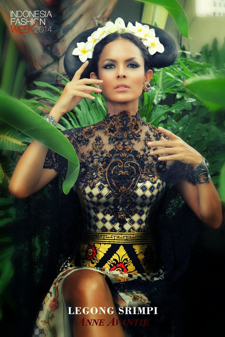 Indonesia Fashion Week 2014 : Legong Srimpi Collection By Anne Avantie - Glowlicious.Me