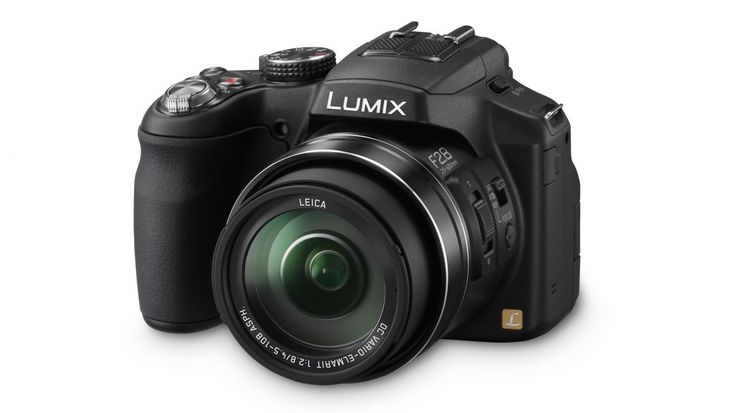Panasonic Lumix FZ200 review | Is the Panasonic FZ200's maximum f/2.8 aperture throughout its 24x zoom range a breakthrough for bridge camera users? Reviews | TechRadar