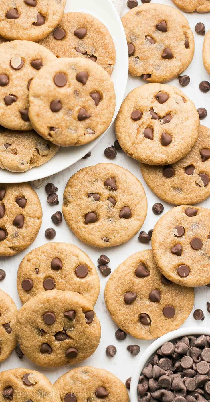 Healthy Mini Chocolate Chip Peanut Butter Cookies -- only 46 calories! No butter, oil, refined flour or sugar! And they taste amazing!