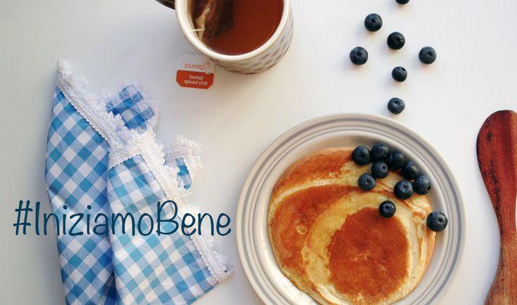 Una #settimana #amara vi attende? Accoglietela con la #doclezza dei #pancakes! #Tè, #mirtilli e un #sorriso per un vero buon #lunedì!