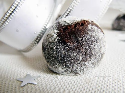 Kakukkfű: Csokoládés pöfeteg cukormentesen, ami majdnem kifogott rajtam... (diabetikus)