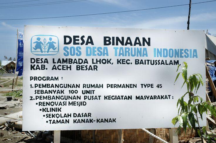 Bantuan rumah dan fasilitas kemasyarakatan di desa Lambada Lhok - Aceh Besar