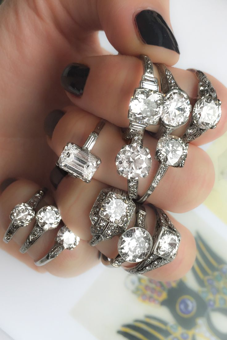 Fistful Of Vintage Engagement Rings From Erstwhile!