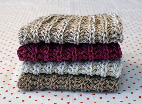 Two patterns for two different dishcloths, both super easy! Knitted with double strands of yarn.