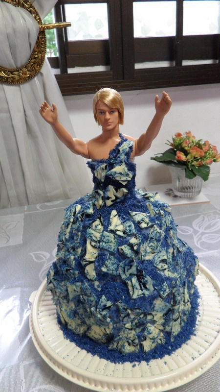 Drag Queen Birthday Cake