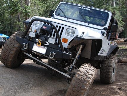 The Overline Flat Tube Fender from MetalCloak - Now for the YJ - JeepForum.com