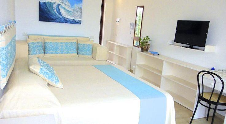 Oltre 20 migliori idee su camere da letto agriturismo su for Arredamento camere hotel