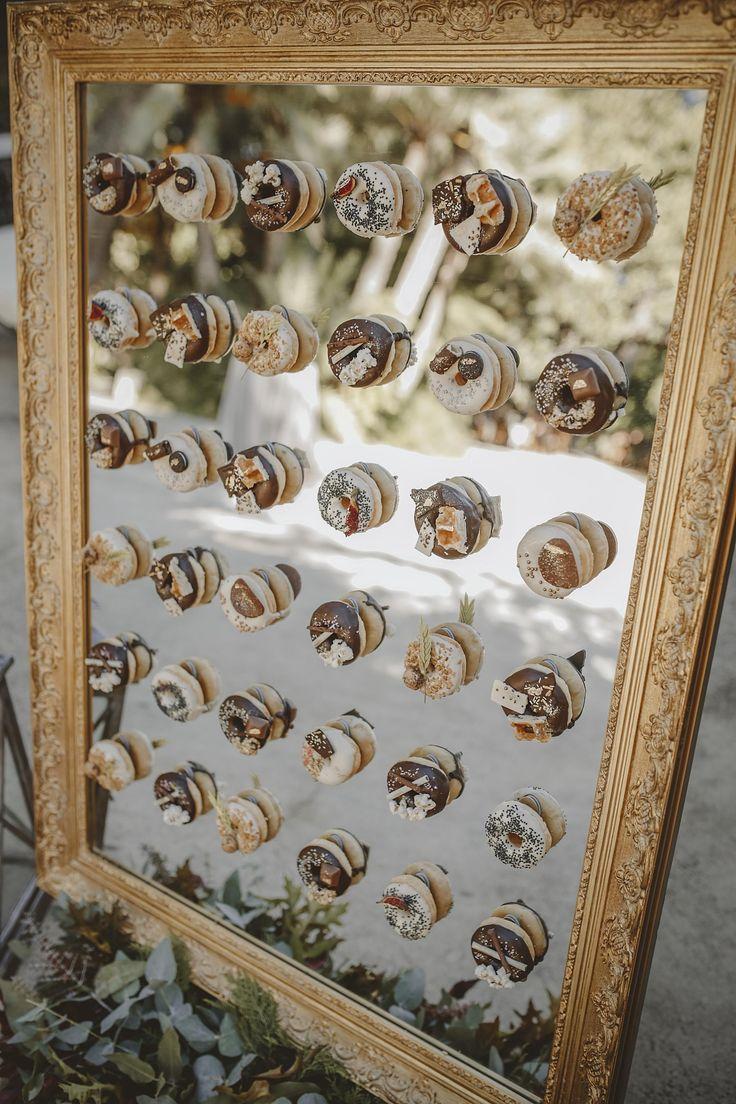 wedding decor, planner, organizacion eventos, inspiracion boda, inspiration, donut wall, donut display | Photo by Óscar Guillén