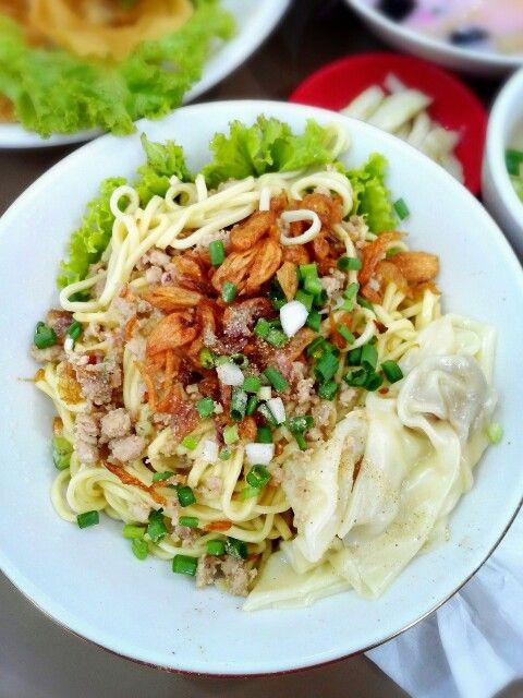Cwie mie malang Gajah Mada #kuliner #food #travel #malang #indonesia