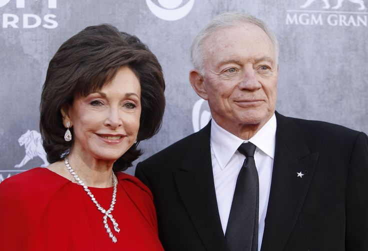 Jerry Jones & wife Gene