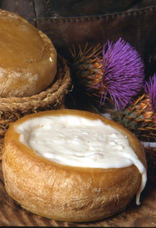 Uno de los mejores quesos del Mundo la Torta del Casar www.laveratabarata.com