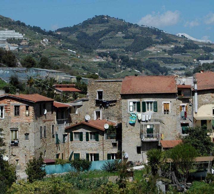 Vallecrosia (IM) - centro storico di Vallecrosia Alta