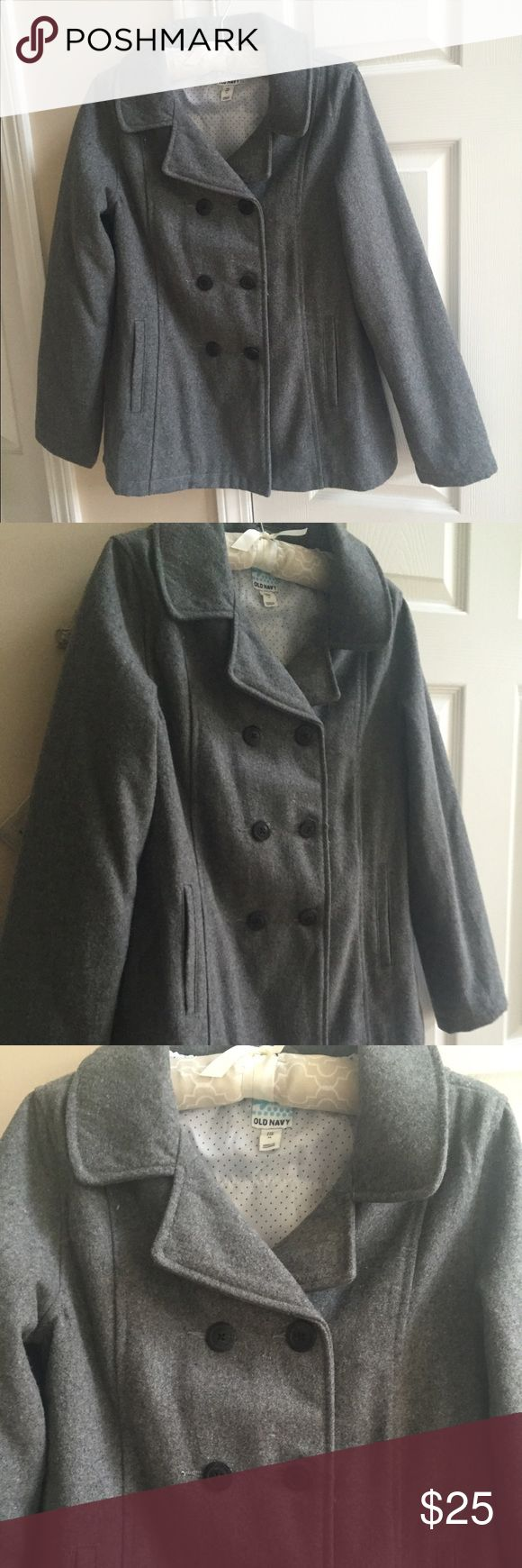 Old Navy Girls' Pea Coat This is a beautiful gray pea coat from Old a Navy.  In perfect condition, this coat is a nice blend of wool and polyester. The exquisite details make it extra special. The polka dot lining is super cute too! Your favorite girl will look adorable in this coat! Old Navy Jackets & Coats Pea Coats