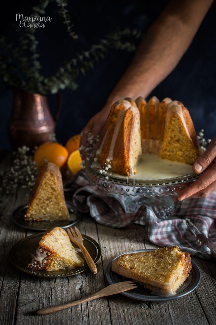 Bizcocho de naranja, azahar y almendra crocante