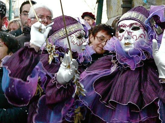 Carnaval de Limoux. www.audetourisme.com