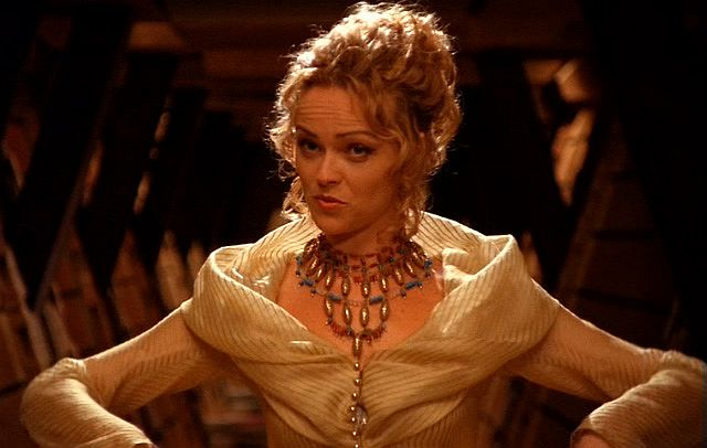 Osiris ( Anna-Louise Plowman ) Stargate SG-1