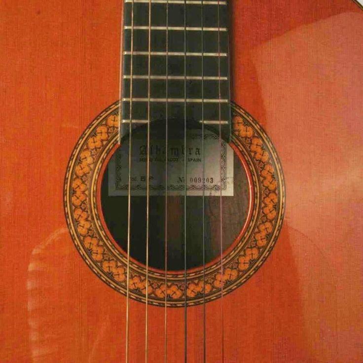 M s de 25 ideas incre bles sobre guitarras segunda mano en for Guitarras barcelona