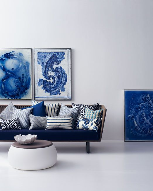blue & white mediterranean inspired living room