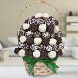 Delicious chocolate cake flowers by Frutiko.cz http://www.frutiko.cz/en/chocolate-cake