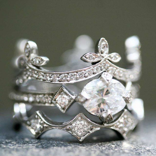 Check out this gorgeous ring by Cathy Waterman