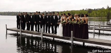 GIF: Wedding Photo FAIL - www.gifsec.com