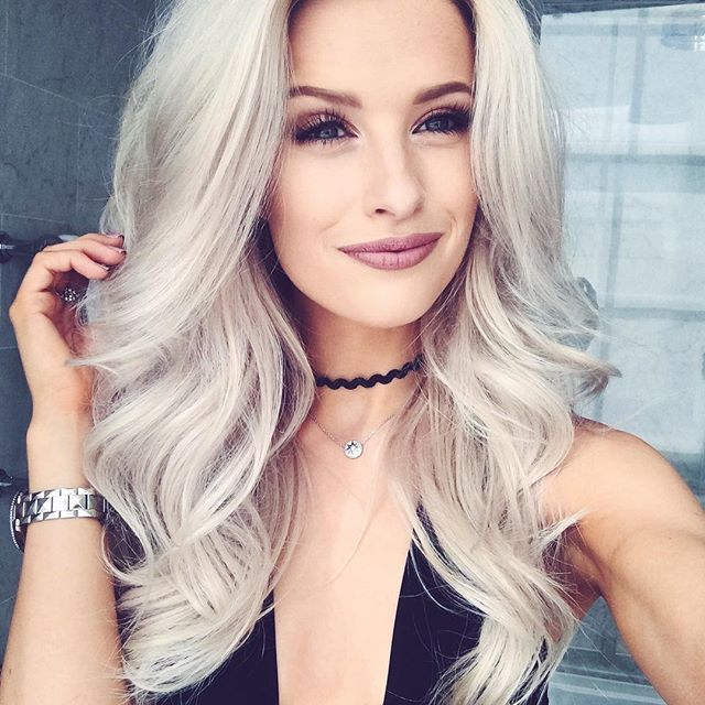 How amazing is this Anastasia lip with Pastel Hair? Swoon!