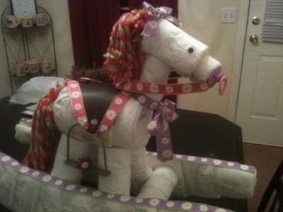 Rocking horse diaper cake, I think I can figure out how to make it so you can use the diapers.
