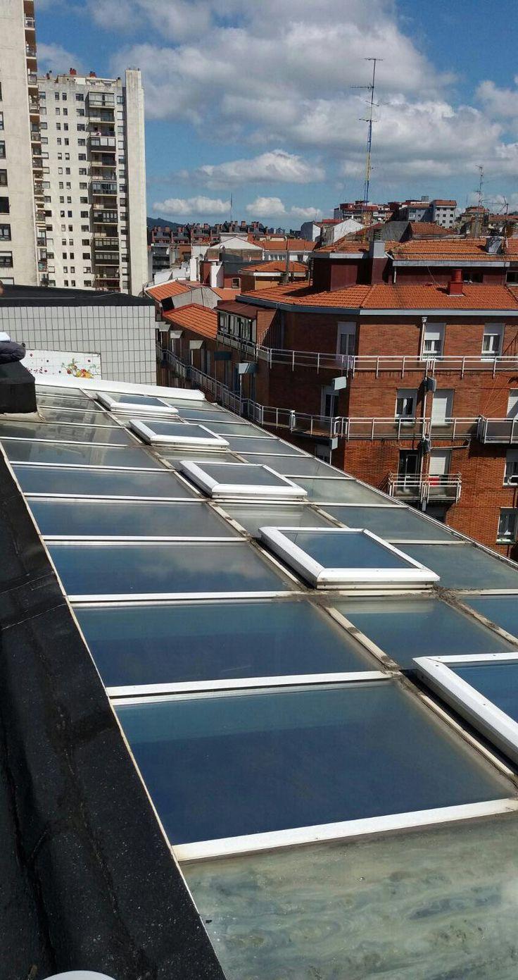 Cambio de acristalamiento de un ático de #Bilbao. Ventanas y cerramientos PVC