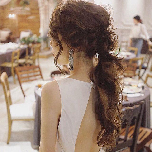 お色直し🌿作ってるけど抜け感を意識して作りました☺️ アムサラのドレスも素敵だった🌿