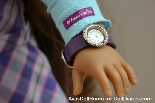 This is a great way to make an amazingly realistic watch for American Girl Dolls!