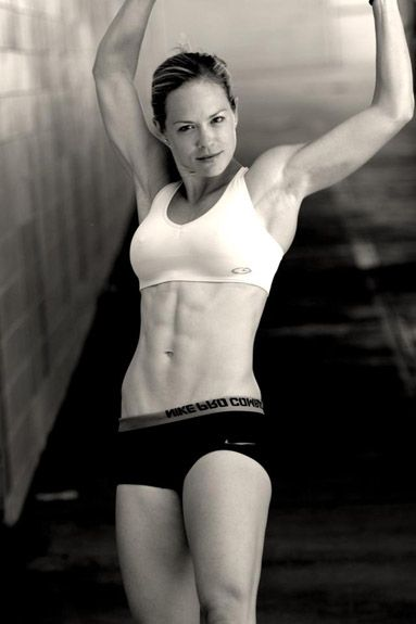 Alicia Ziegler. VEGAN Cross fit athlete, marathoner, weightlifter. Yep this is who I aspire to be.
