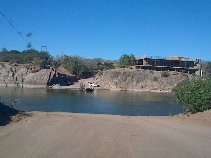 On Namibian side - looking at Restaurant and borderpost Sendelingsdrif on the other side. We crossed the Orange River with the pont.