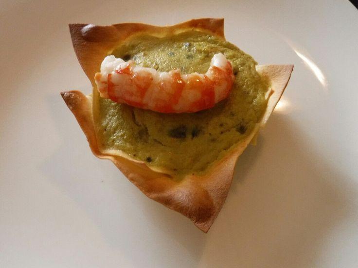 Disassembled shrimps and zucchini  Ingredients  - zucchini - shrimps  - lasagna pasta - Larry - salt - eggs  - onion  - olive oil - butter