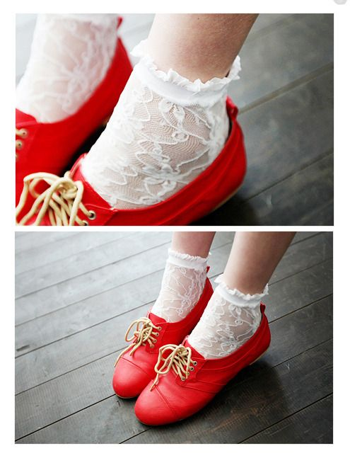 """""""Hang onto your bobbie socks, girls."""" Blaine was talking about these. <3"""