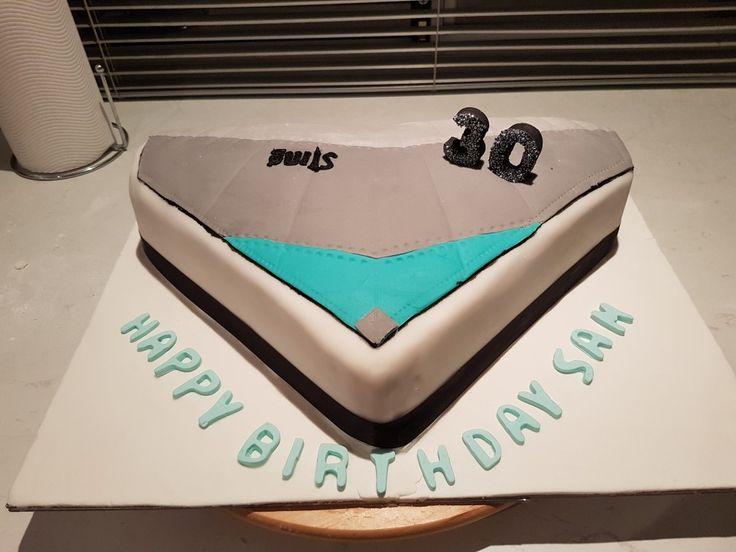 Hang glider cake