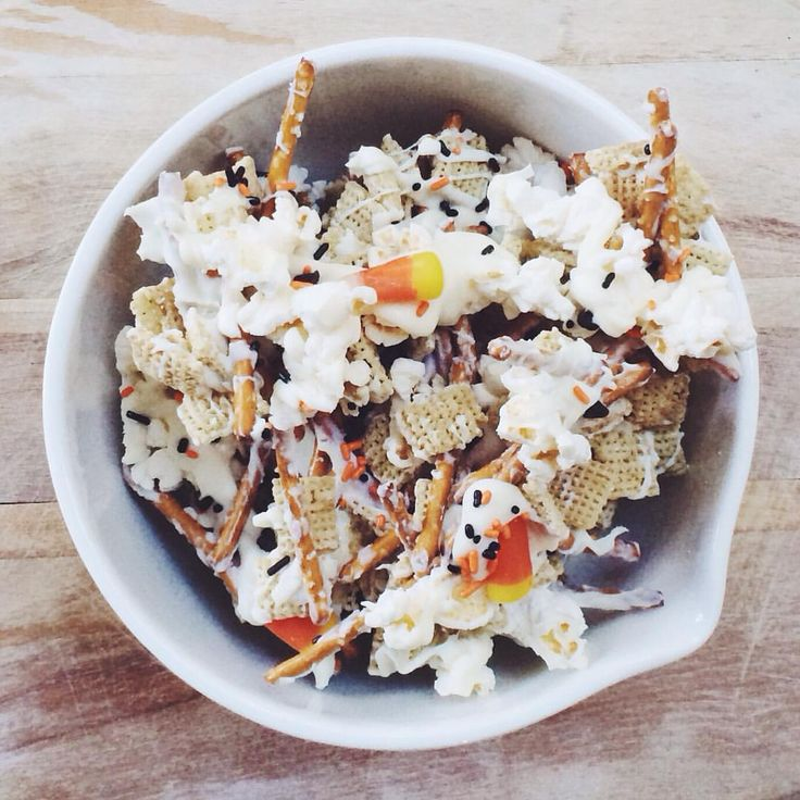 RECIPE: Layer rice Chex, pretzels & popcorn (or no popcorn for young kids) on a piece of foil. Drizzle with melted white almond bark & add sprinkles, candy corn and chocolate chips. Let harden & snack forever!