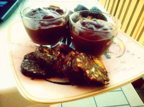 Salame di cioccolato veg (con biscotti ai cereali e frutta secca mista) (Veganblog.it)